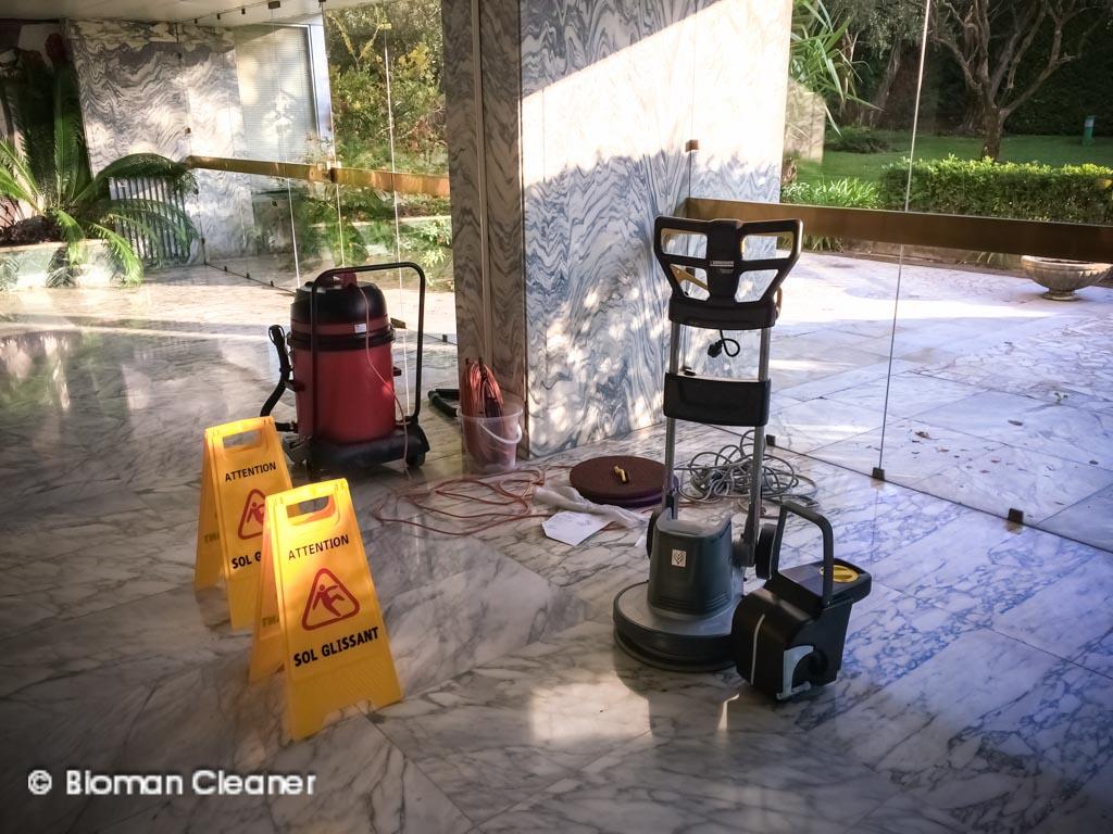 Nettoyage et traitement des sols -
